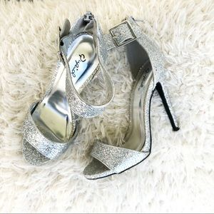 Party Glitter Silver Heels!